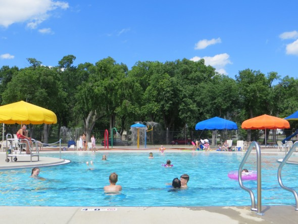 swimming pools, outdoor – bismarck parks & recreation