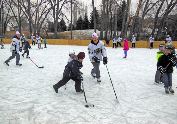 skate-with-the-bobcats-2015