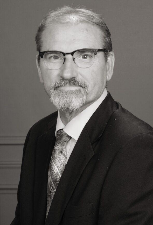 Headshot of Tim Kuntz